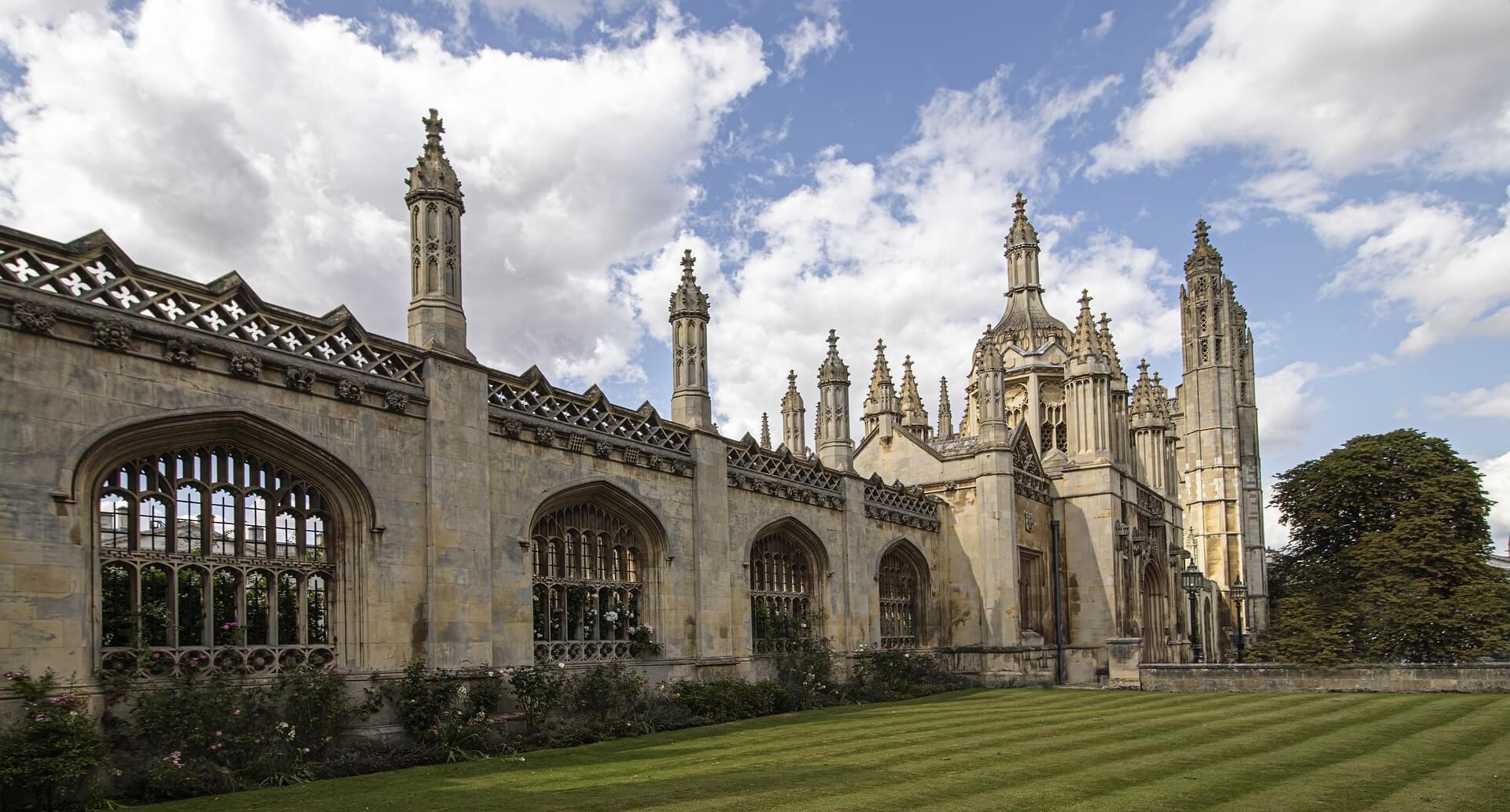 Harvard və Cambridge Universitetlərində təqaüdlü MBA təhsili